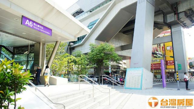 氣派超大一樓,新北市泰山區貴子路