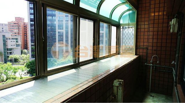 精美電梯三房車,新北市新莊區雙鳳路